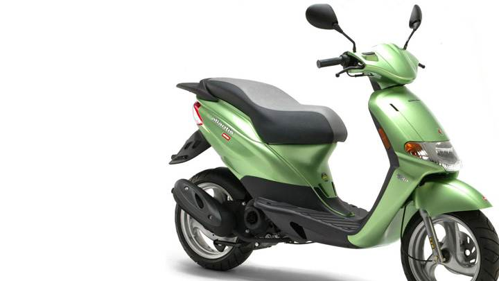 Derbi Atlantis In Green Side Pose